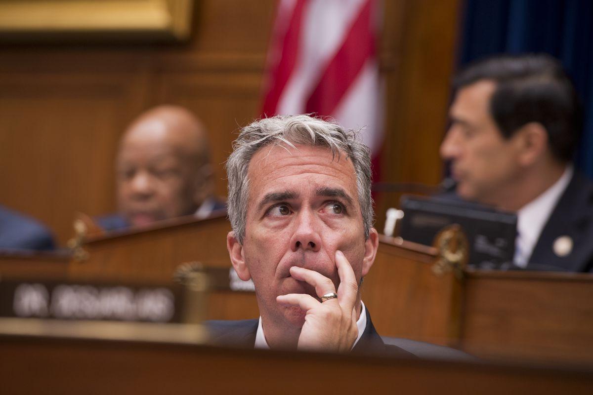Conservative Joe Walsh Mounts Challenge to Trump