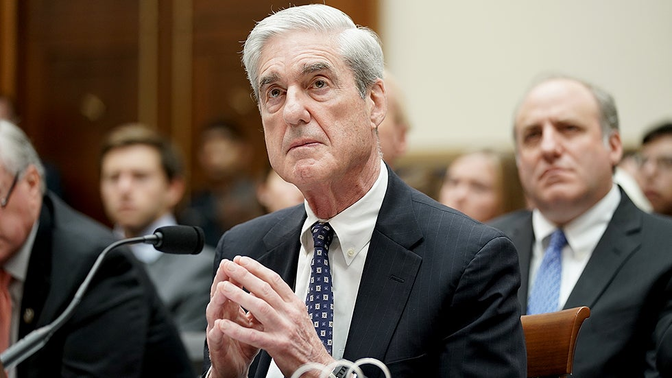 """Friends of Mueller's Think """"Something Happened"""" to Him During the Russia Probe"""