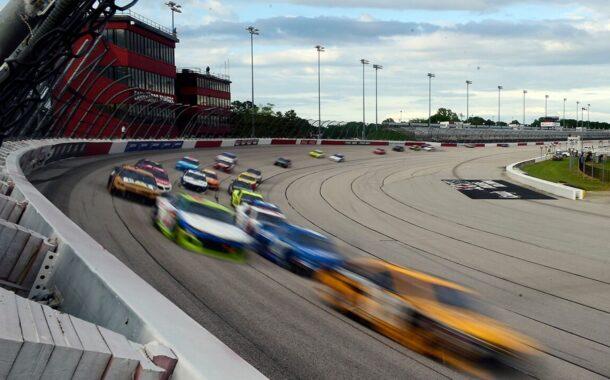 Kevin Harvick wins NASCAR's return to racing at Darlington Raceway
