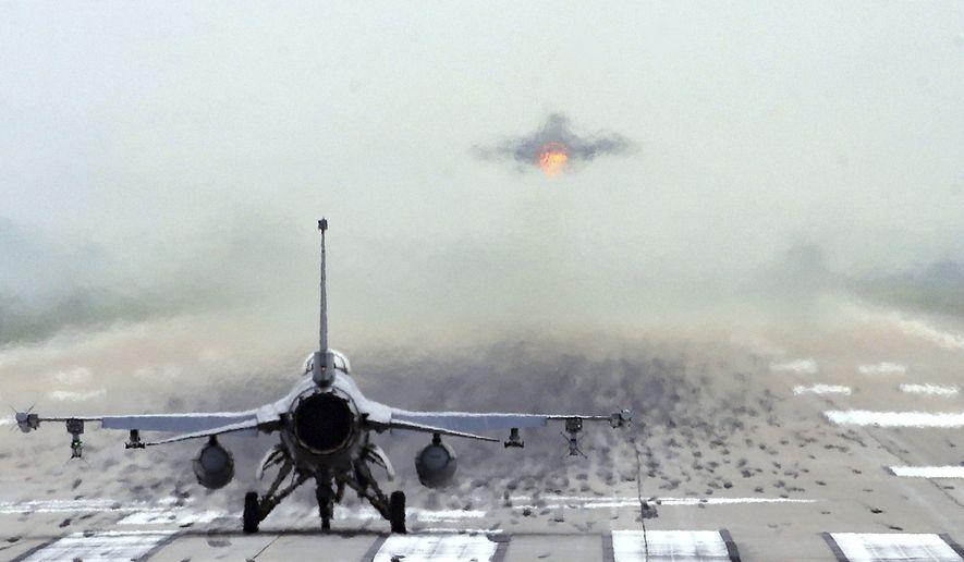Pentagon Plans Human/AI Sky Battle