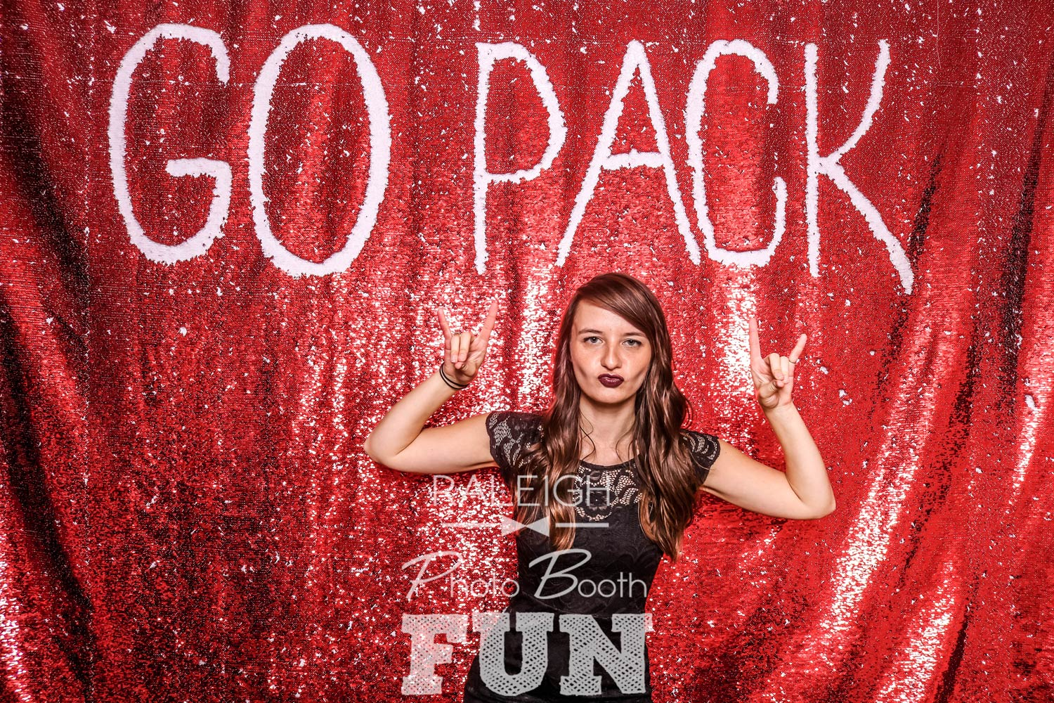 White-Red-Sequin-Raleigh-Photo-Booth-1