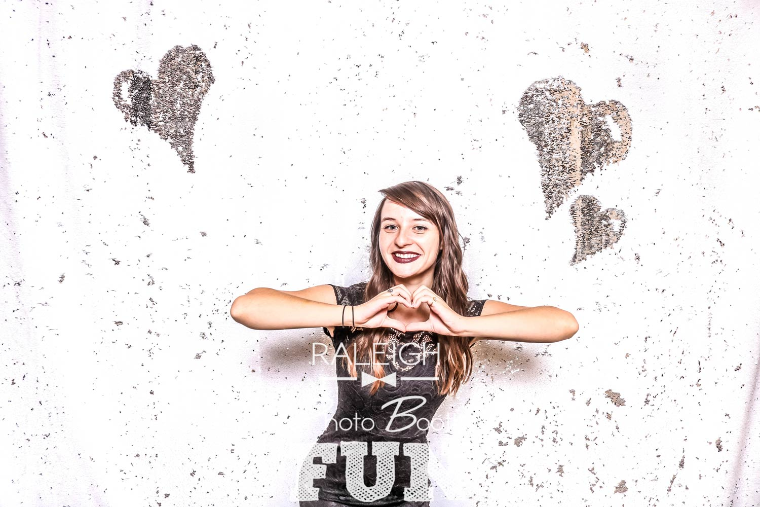 White-Silver-Sequin-Raleigh-Photo-Booth-2