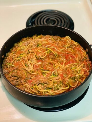 finished zoodles with sauce