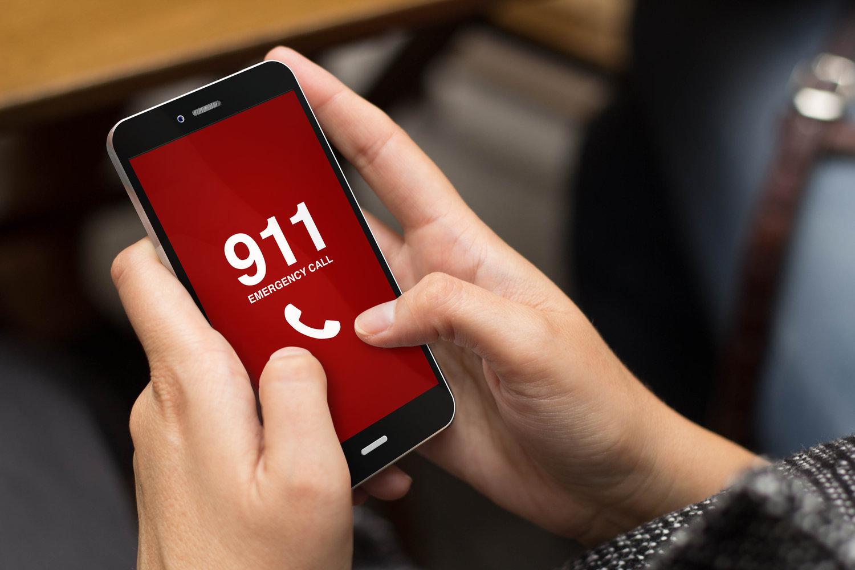 Medical Alert Systems Vs Calling 911
