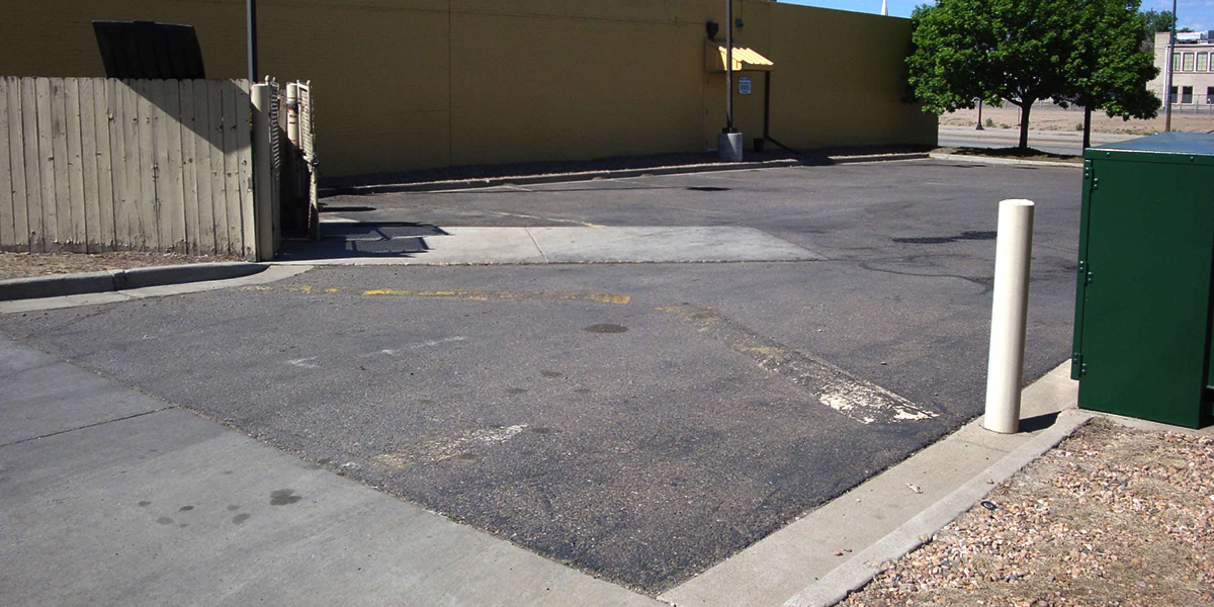 Parking Lot Outdoor Striping