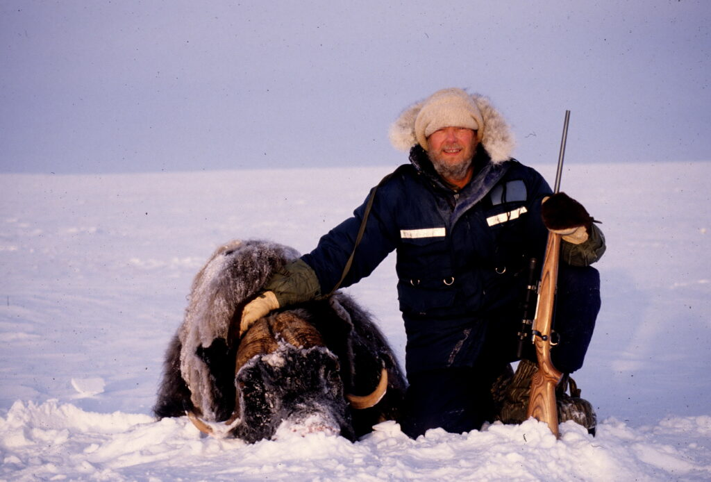 Hunting with the Inuits in the Arctic