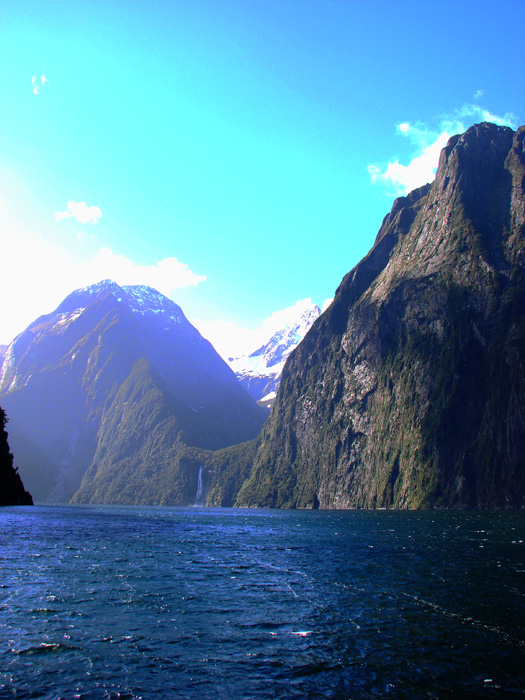 Milford Sound - the sun's shining but it's cold!