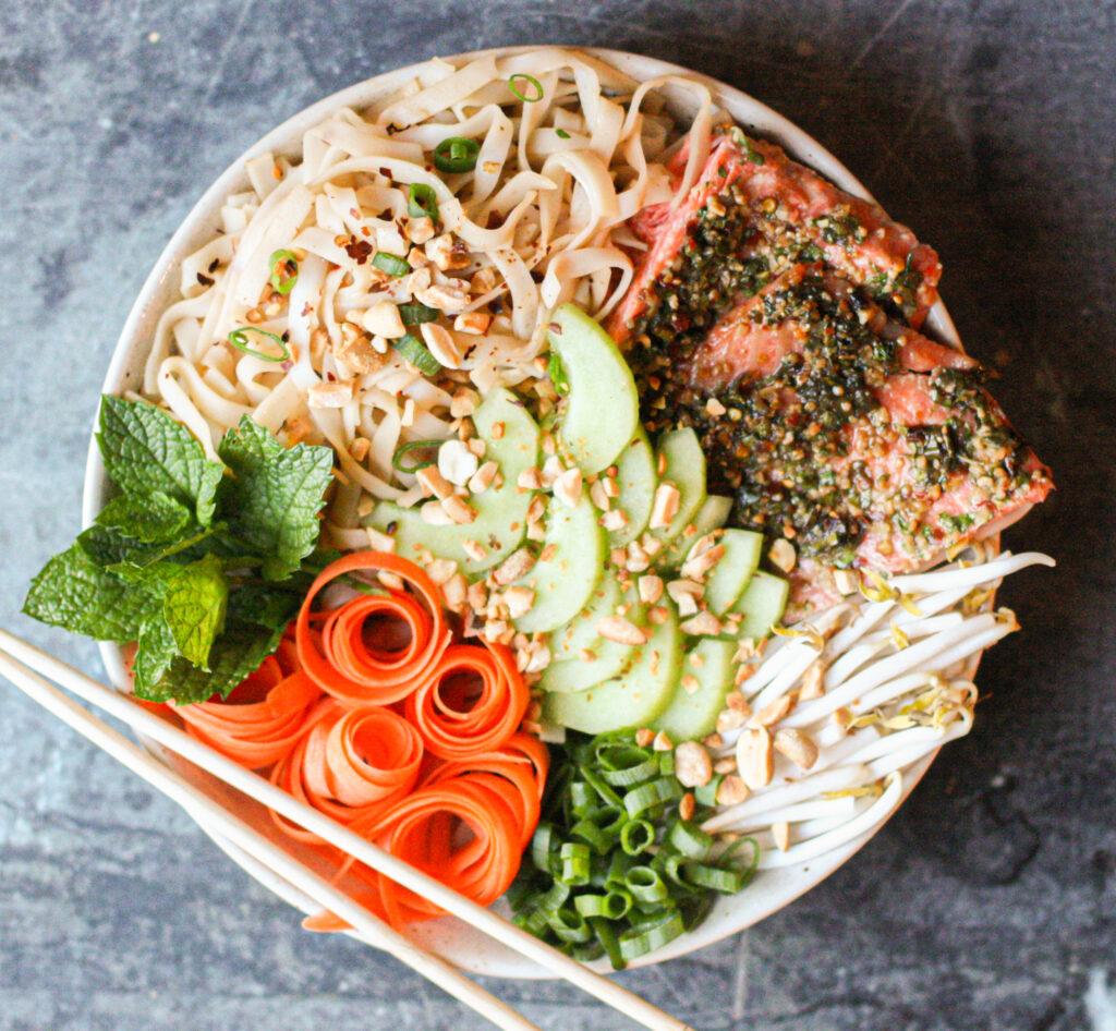 Asian Salmon Noodle Bowls