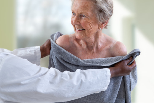 Home Care: 4 Reasons Why It Is Empowering for Seniors