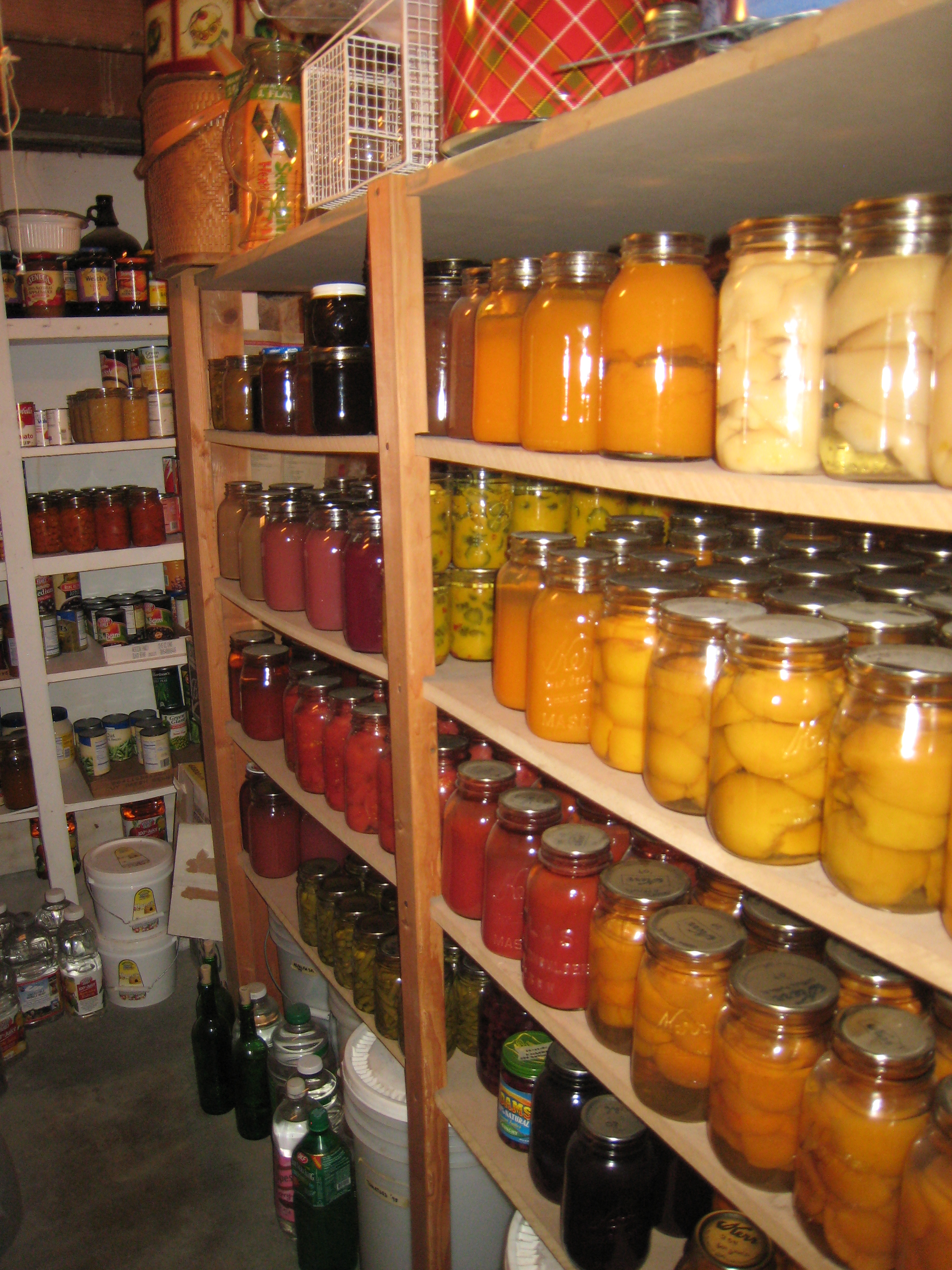 Long-Term Food Storage: Tips & Methods