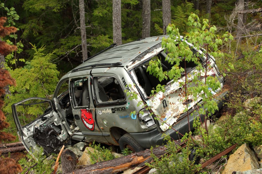 What to Look for in an Abandoned Car