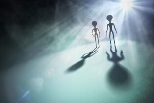 US Scientists Say We Should be Preparing to Kill Aliens