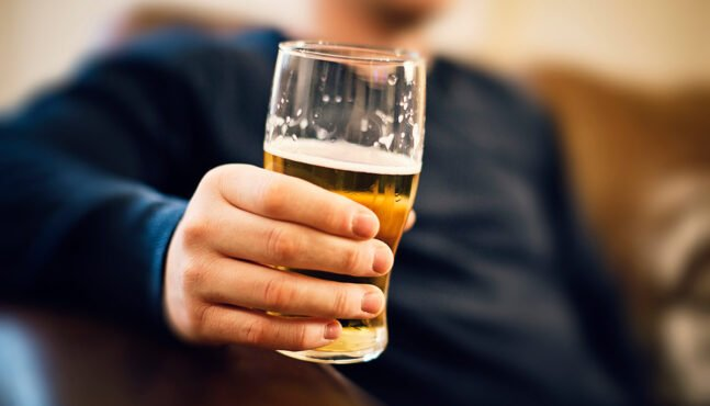 Fathers who consume alcohol before conception could damage their offsprings' brain development