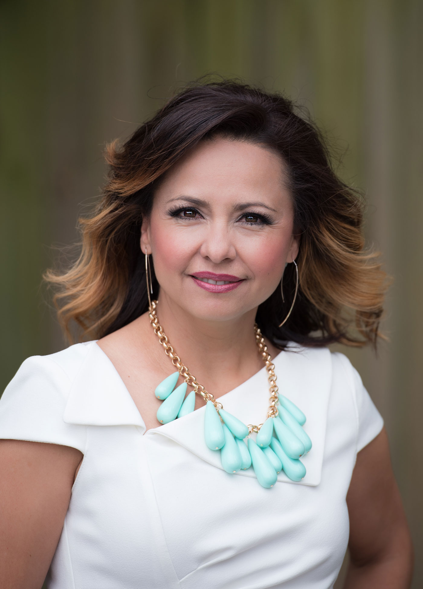 Thelma Sifuentez, Owner