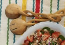 https://socalchristianvoice.com/strawberry-spinach-salad-grilled-chicken/