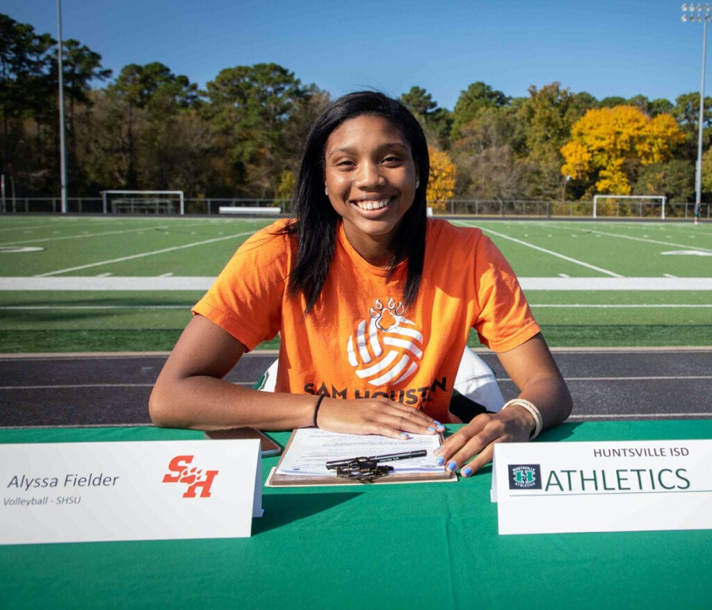 AlyssaFielder - Sam Houston State Univ.