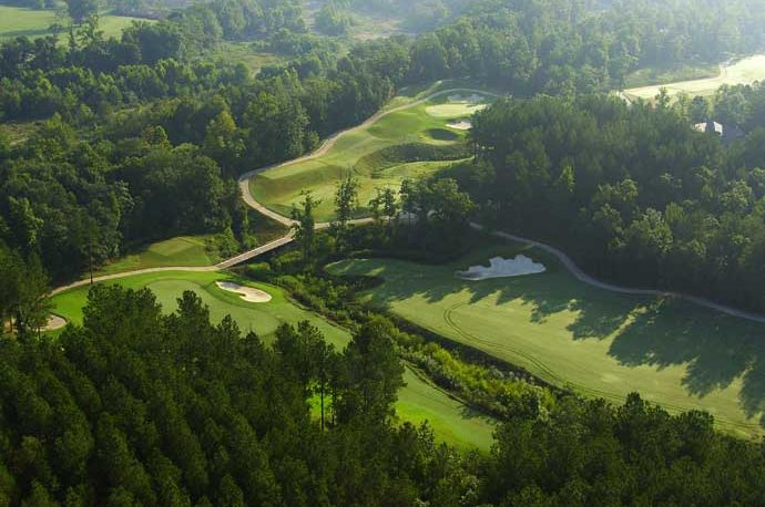 Hot Springs Village: Boating and Golf