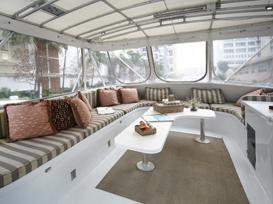 Sport Yacht Entertaining Bridge