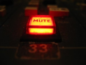 silence-obnoxiously-noisy-laptops-smartphones-with-simple-device-muting-key-fob.w654