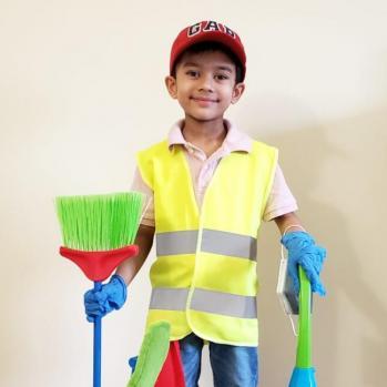 Arya Natraj  as 'Worker'