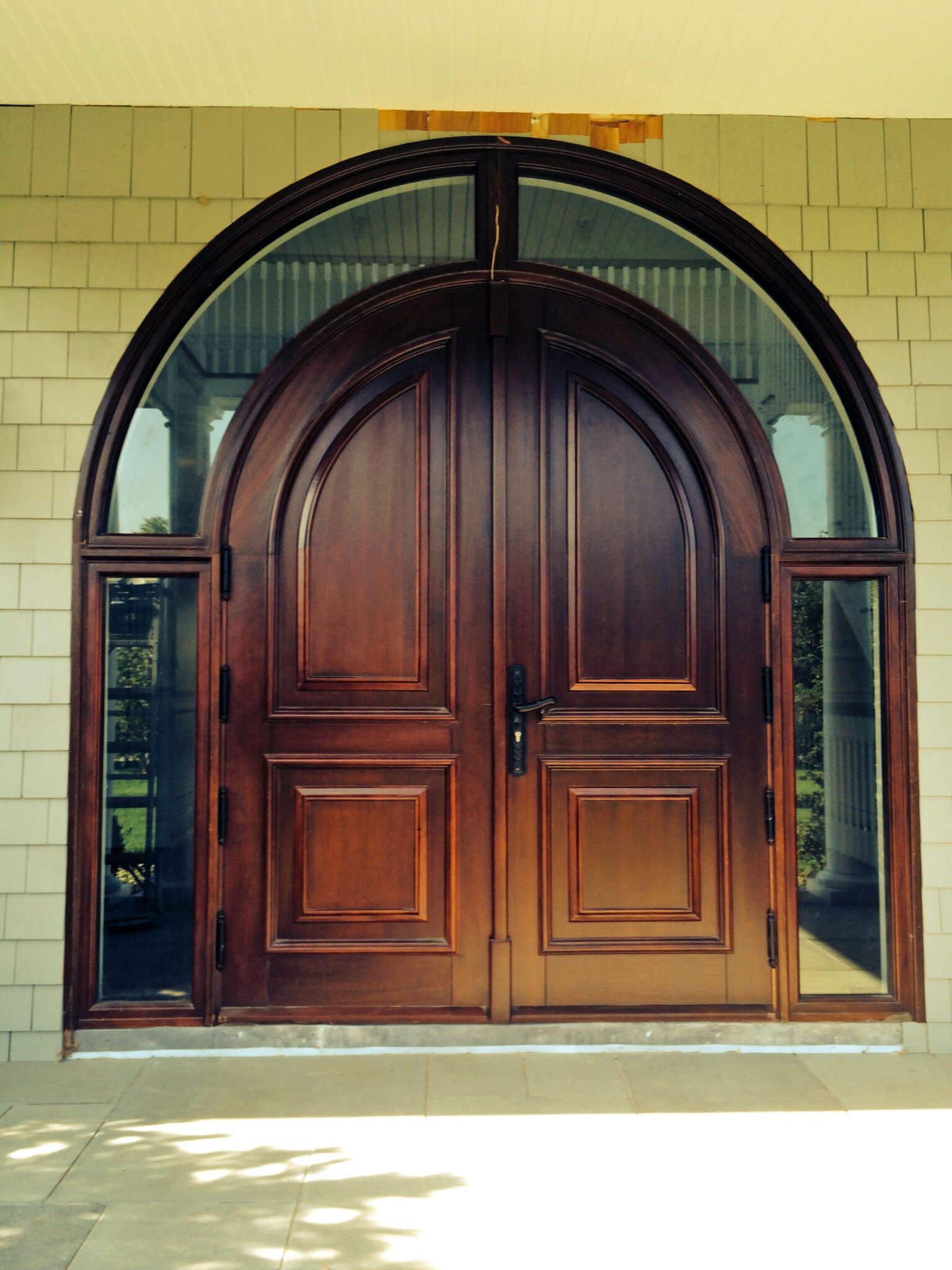 EAST HAMPTON MAHOGANY ENTRANCE DOOR.