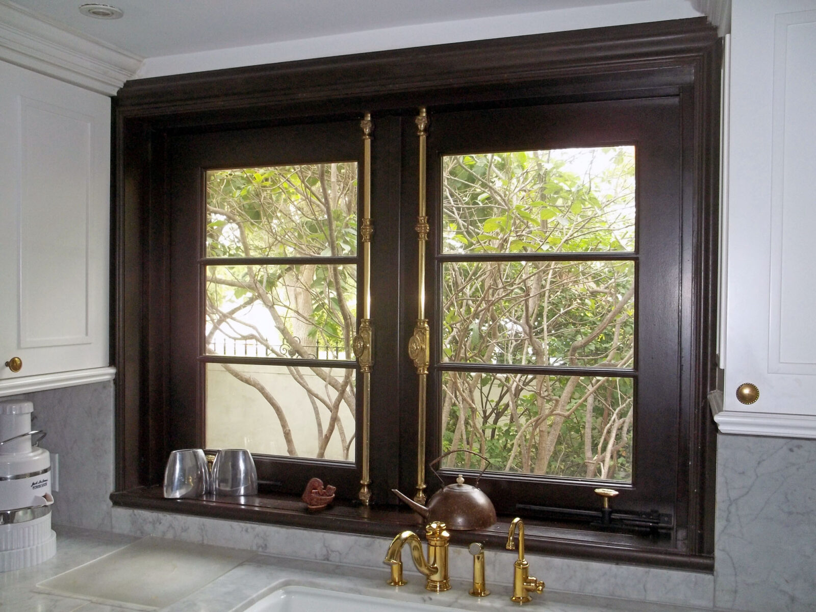MIAMI BEACH TRADITIONAL CASEMENT WINDOWS