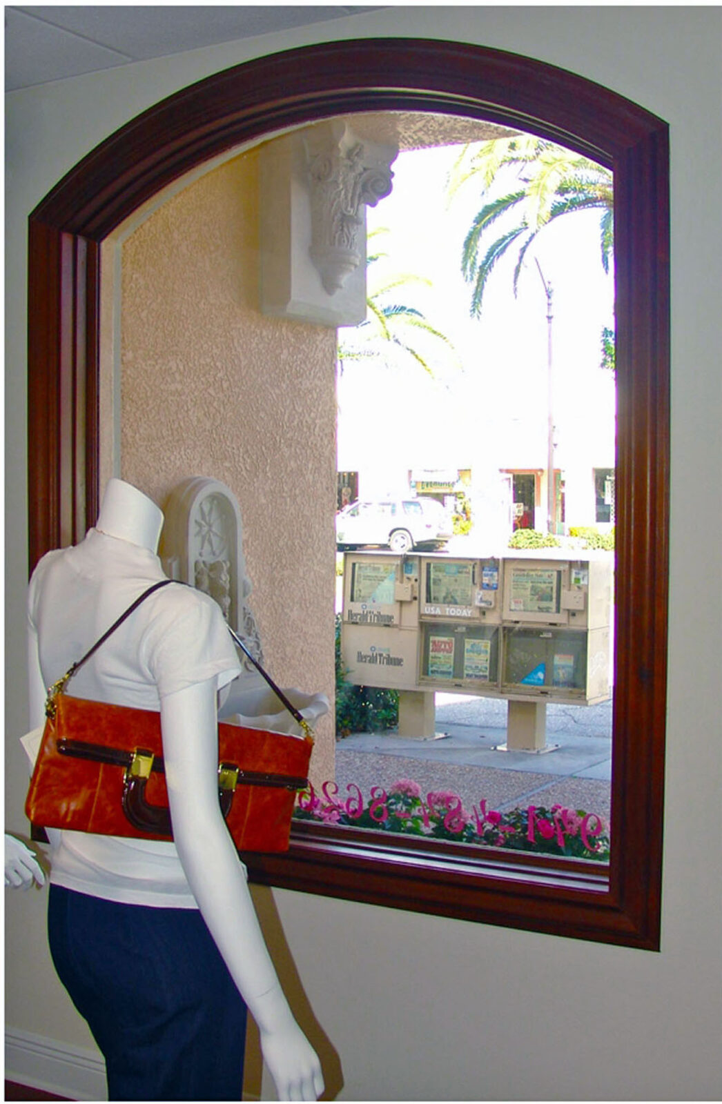 NAPLES FIXED STORE FRONT WINDOW
