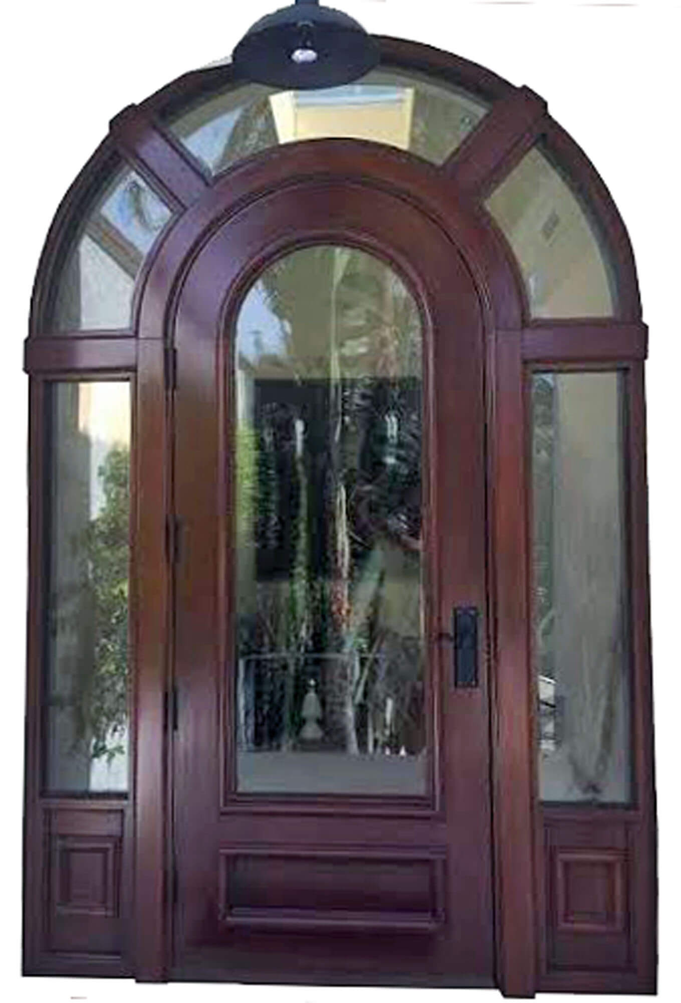 PLANTATION KEY. MAHOGANY DOOR.