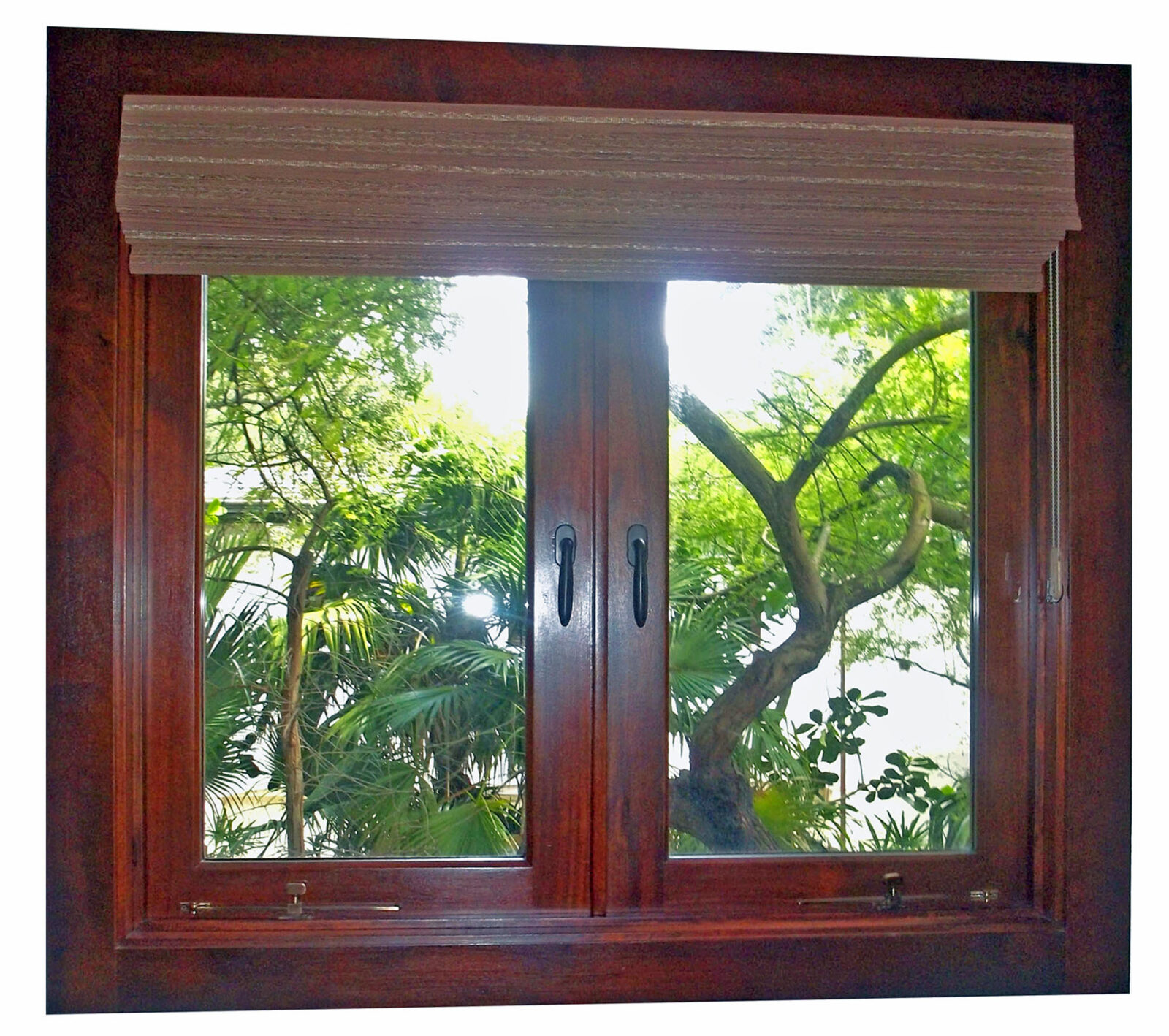 TAHITI BEACH MAHOGANY WINDOWS