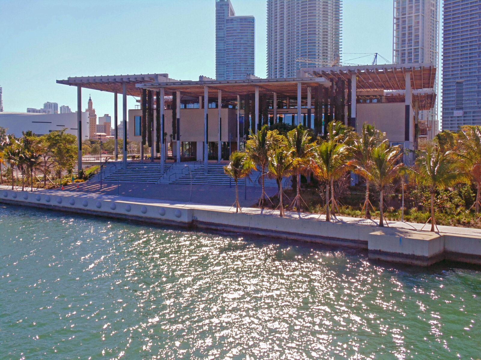 TEAK. PEREZ ART MUSEUM OF MIAMI