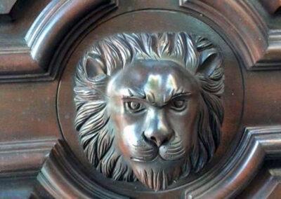 LION CARVED DETAIL