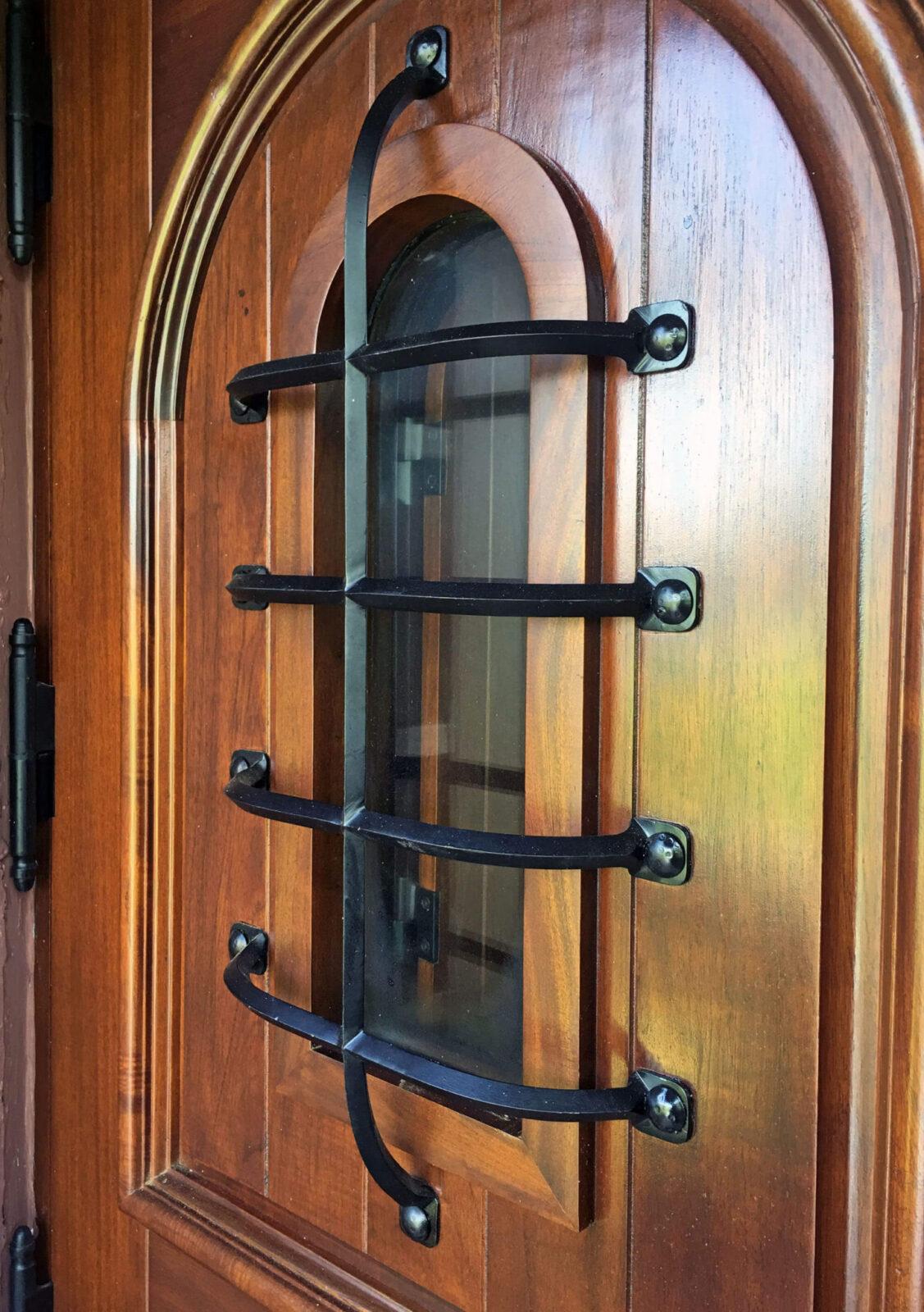 MALIBU MAHOGANY DOOR GRILL