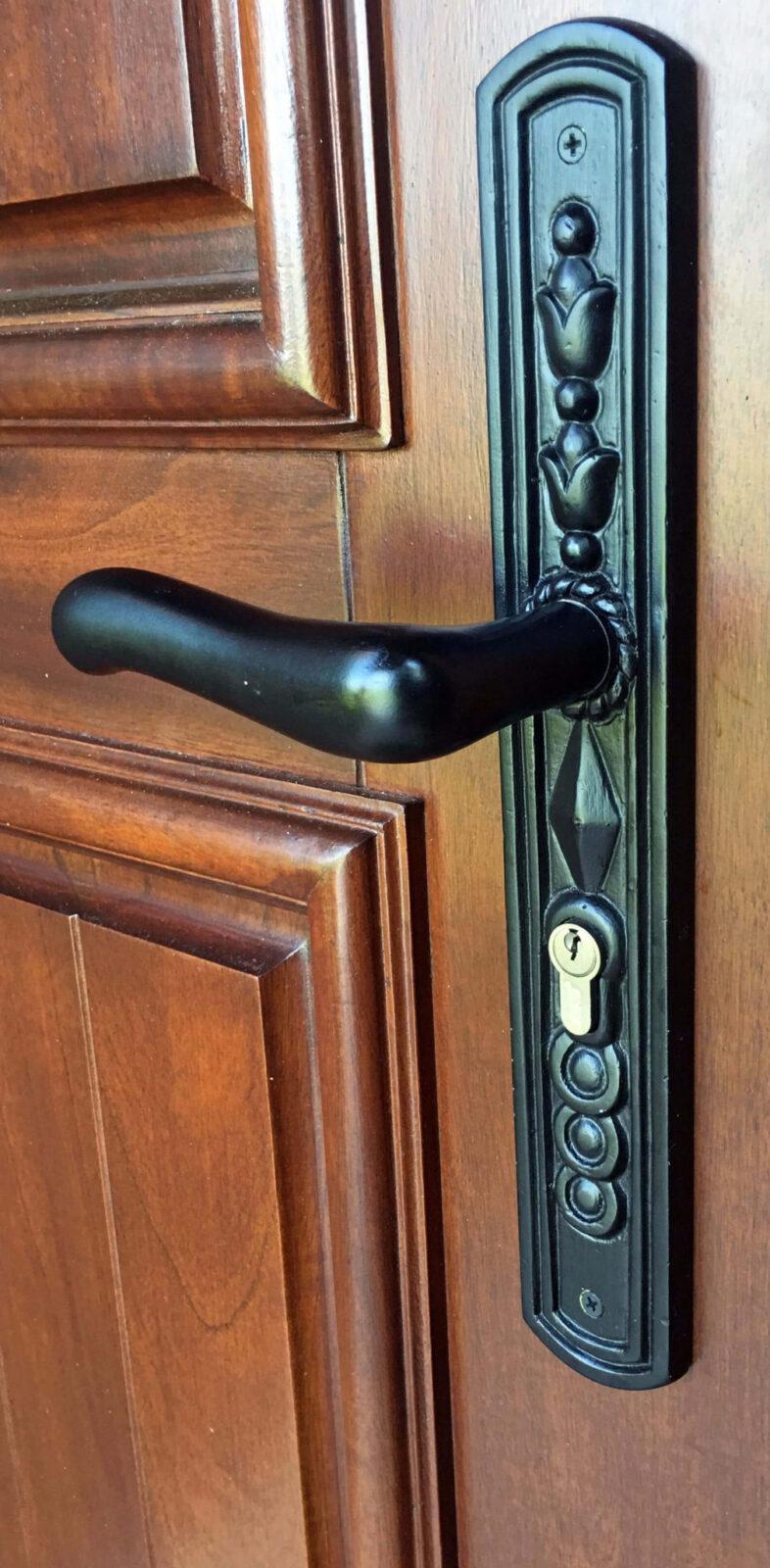 MALIBU MAHOGANY DOOR HANDLE