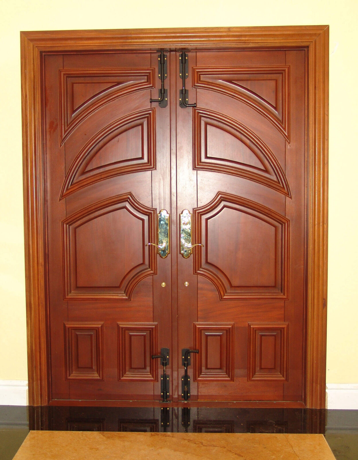 OAKLAND PARK MAHOGANY ENTRY DOORS.