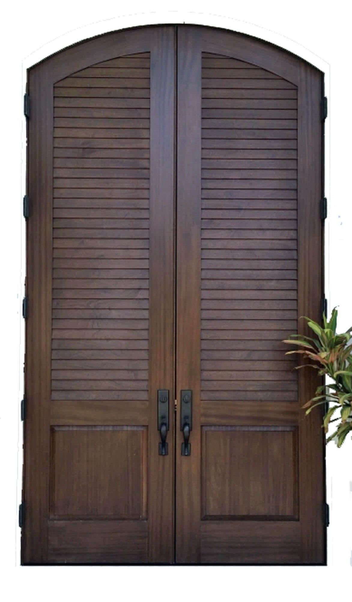 SAN PEDRO LOUVRE FRONT DOOR.