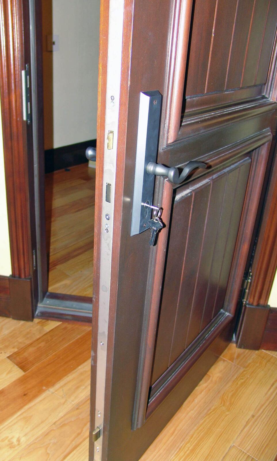 TROYA MAHOGANY FRONT DOOR DETAIL.