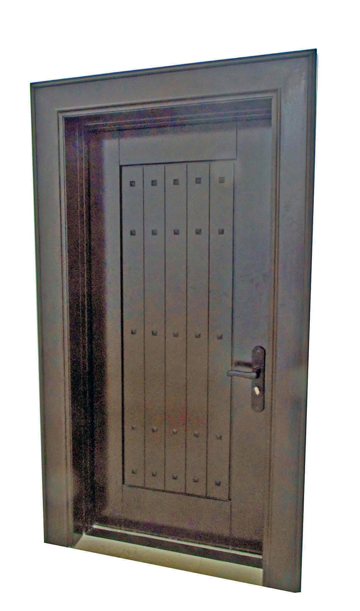 COLORADO MAHOGANY ENTRY DOORS INTERIOR.