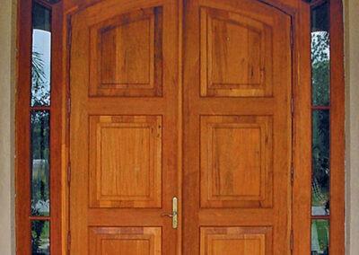 DUCK KEY. MAHOGANY ENTRANCE DOORS.