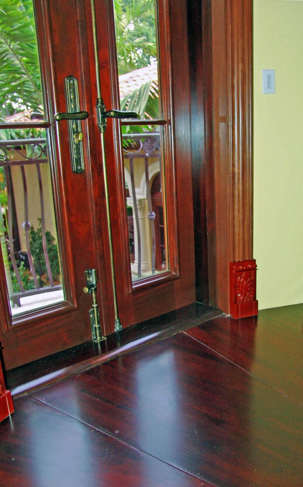 JUPITER BALCONY MAHOGANY DOOR DETAIL.