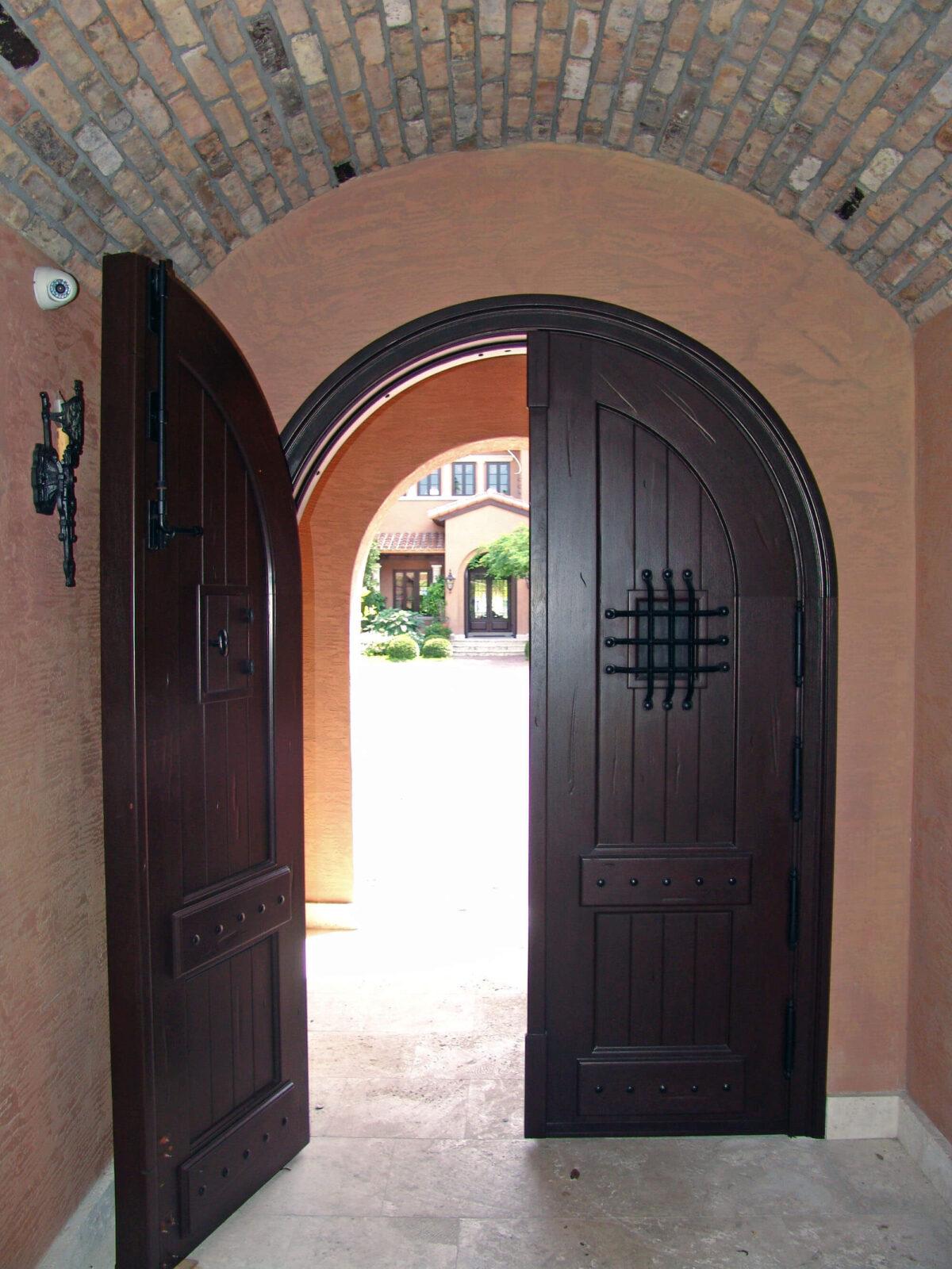 PALM ISLAND GATE DOOR.