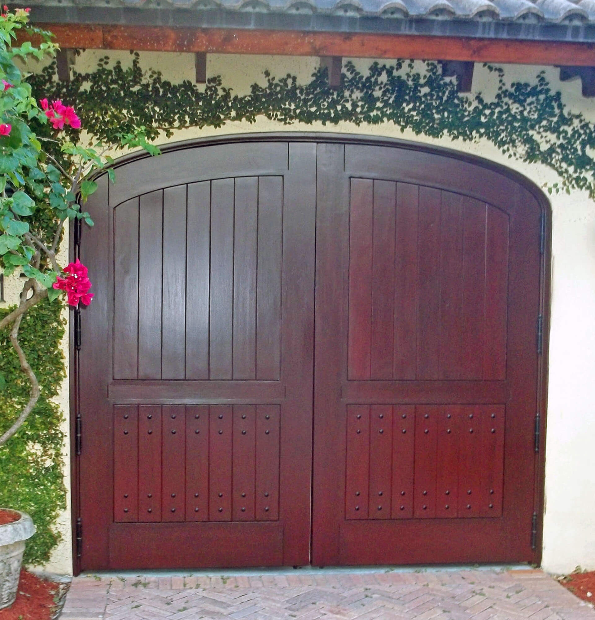 CORAL GABLES MAHOGANY CAR GATE.