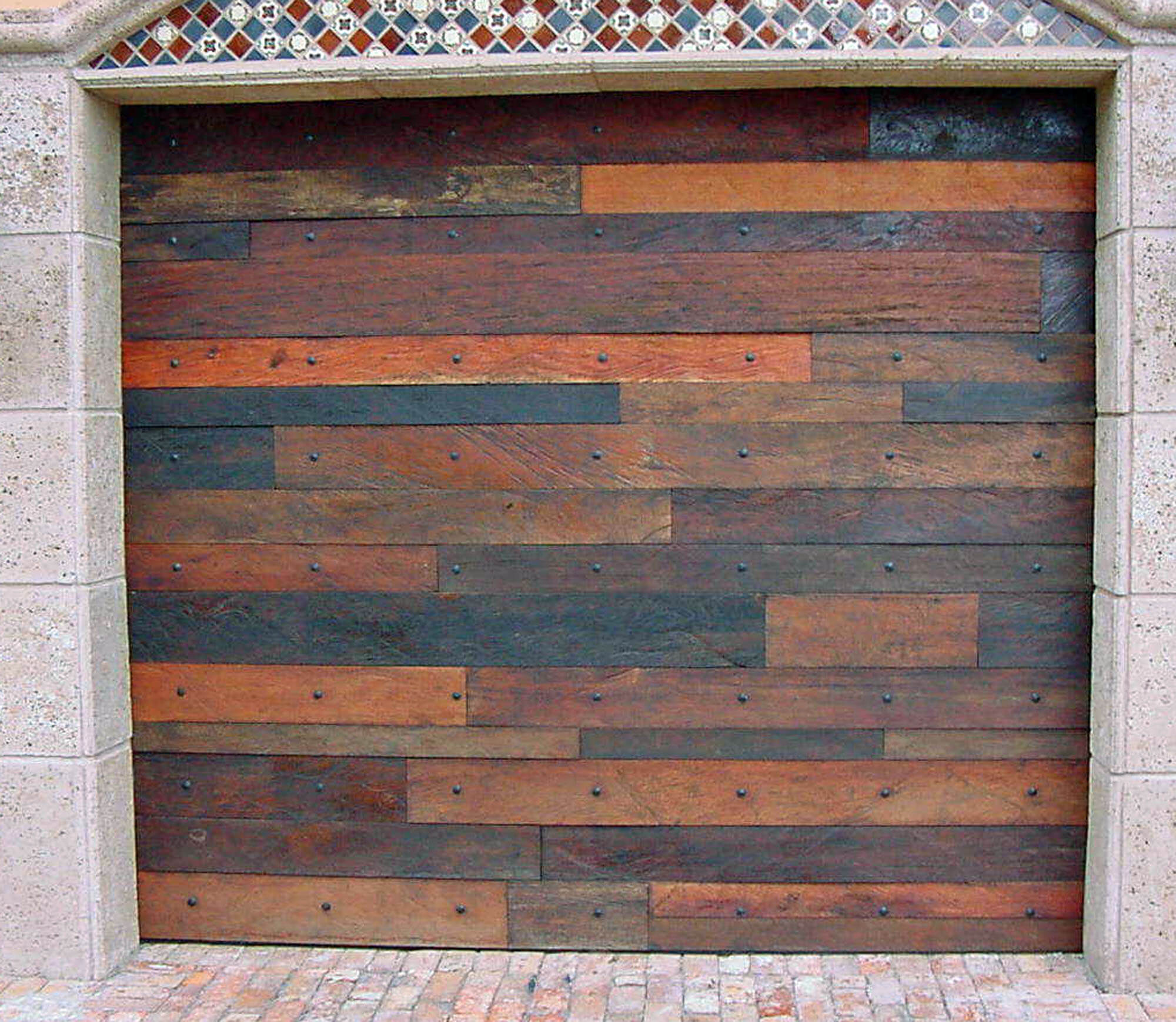 LANTANA MAHOGANY DISTRESSED GARAGE DOOR.