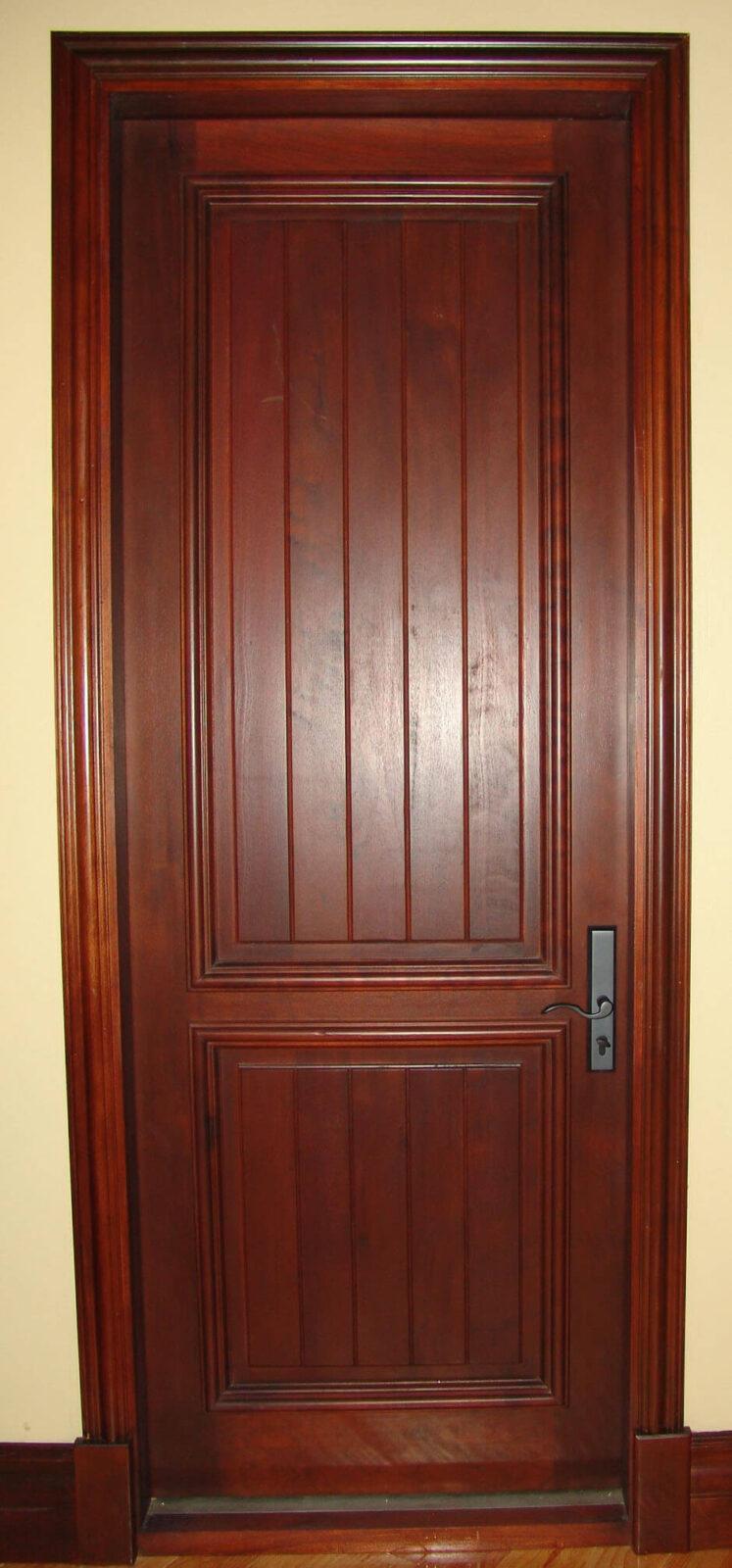 TROYA MAHOGANY DOOR.