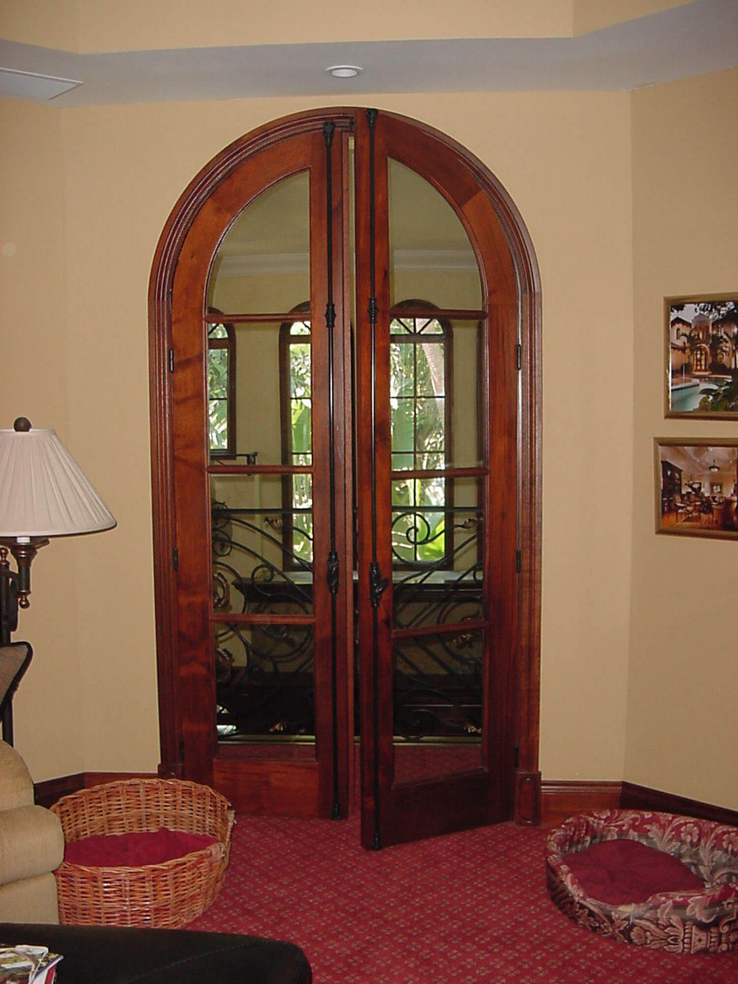 VICTORIA FULL ARCH FRENCH DOOR.