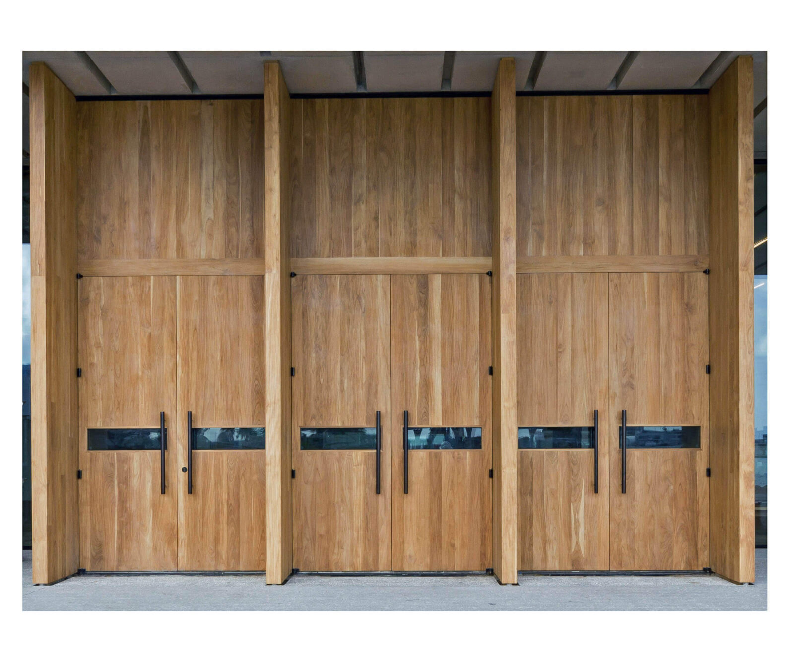 TEAK ENTRY DOORS. MIAMI PEREZ ART MUSEUM