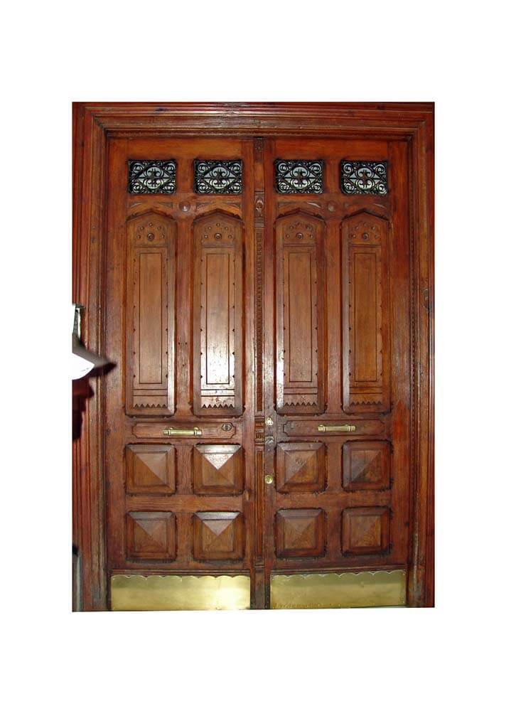 MADRIS DOUBLE ENTRY DOORS.