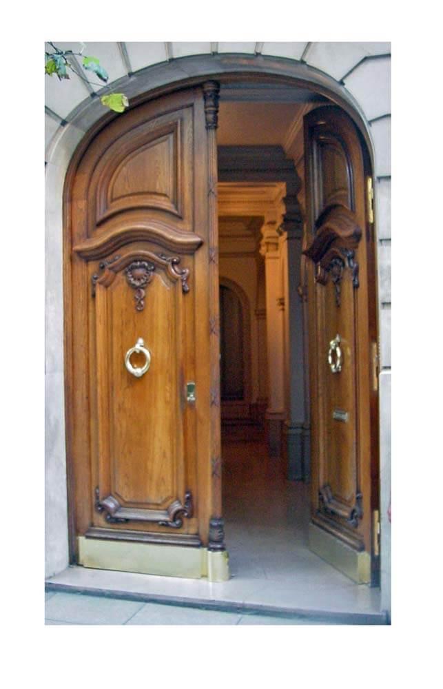 ARGENTINEAN DOORS.