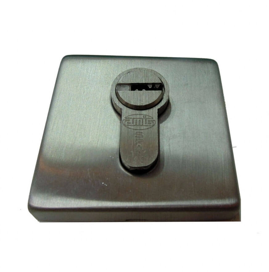 STAINLESS STEEL SQUARE KEY ESCUTCHEON.