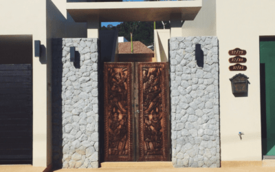 Luxury Doors Are A Real Estate Obsession