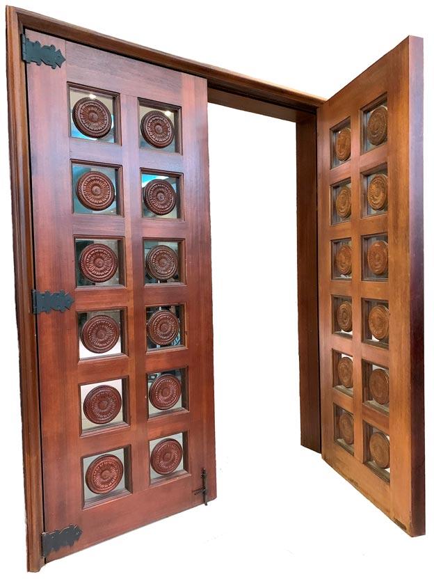 MALALA EXTERIOR DOOR